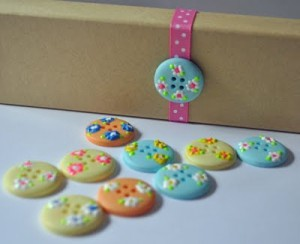 Floral Buttons - Laura Bray
