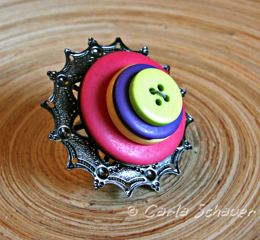 make easy accessories straight from the button jar