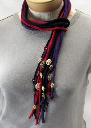 Button Embellished Lariat Style T Shirt Necklace
