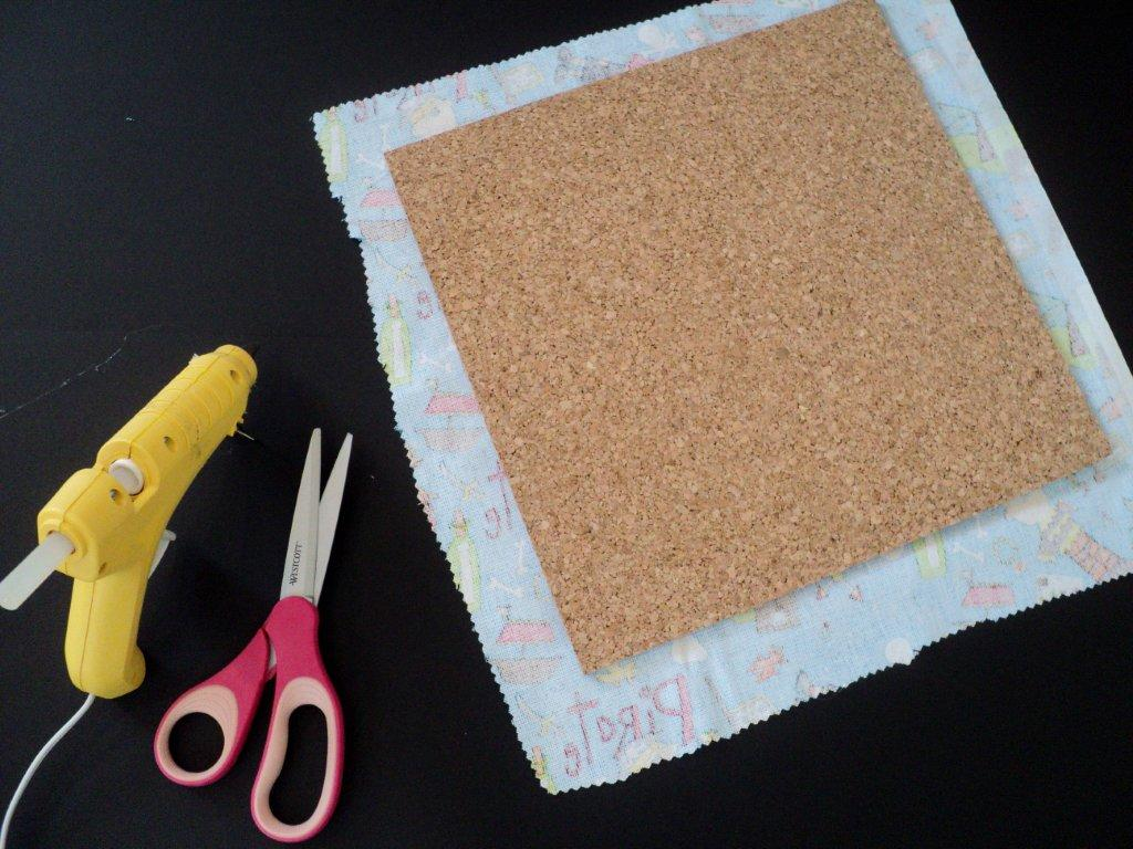 how to cut cork board