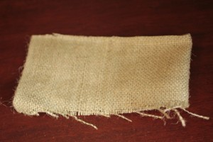 Cut Burlap to Fit Can