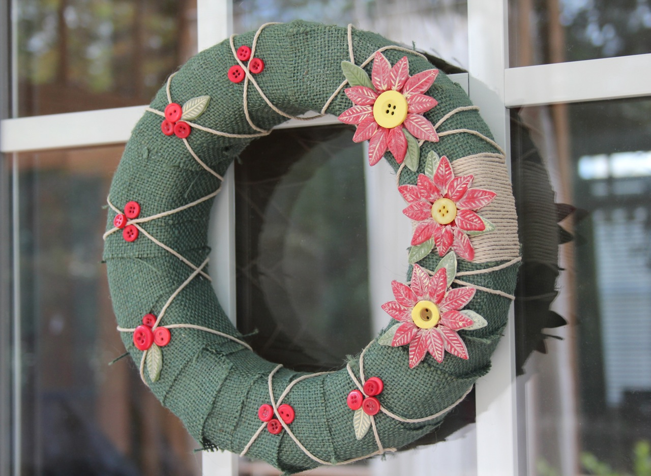 Country Chic Christmas Wreath Buttons Styrofoam And