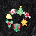 Christmas Novelty button bracelet