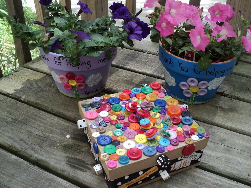 ButtonsFlowerPotandBox