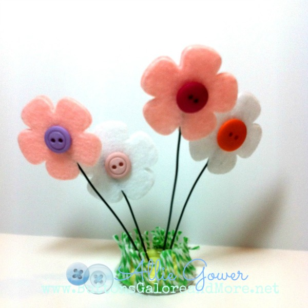 Go 3D with flowers and buttons