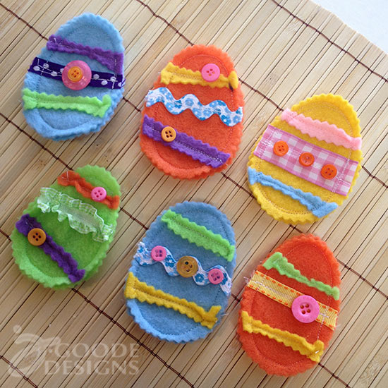Mini felt Easter Egg treat pouches
