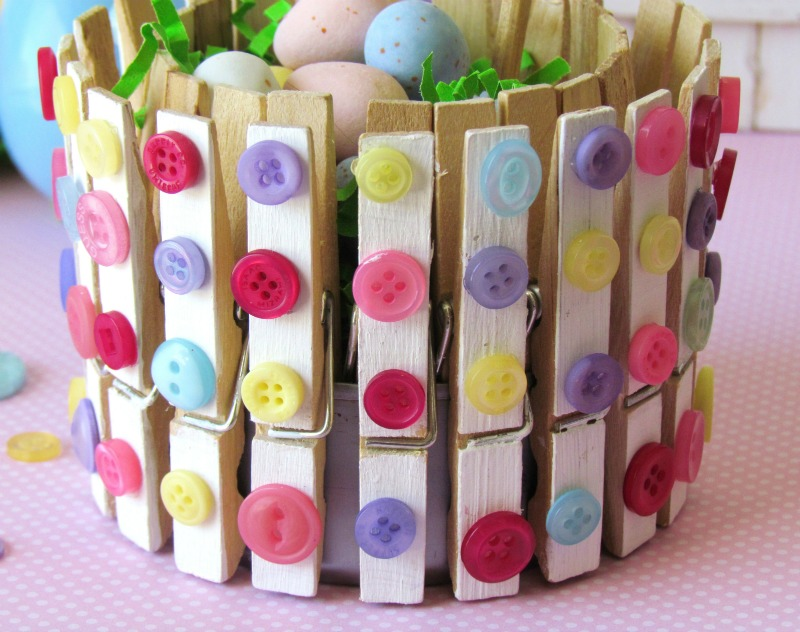 Clothespins and buttons holder for Mini clothespin craft ideas