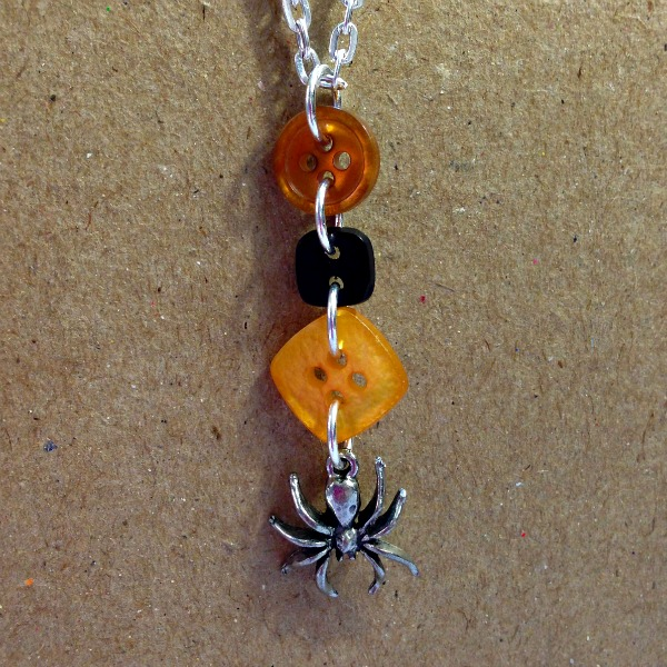 spider necklace, button jewelry, halloween jewelry, spider pendant