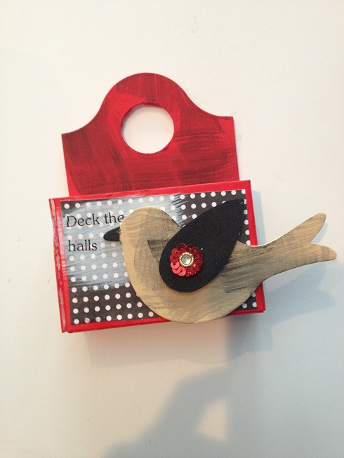 bird on box
