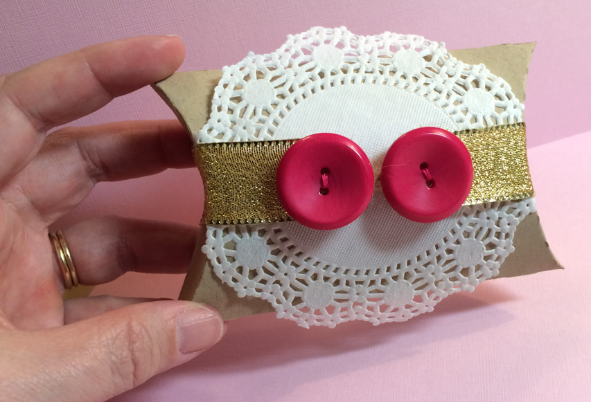 Button Pillow Box