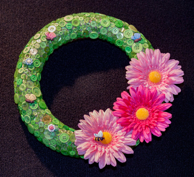 Button wreath with flowers