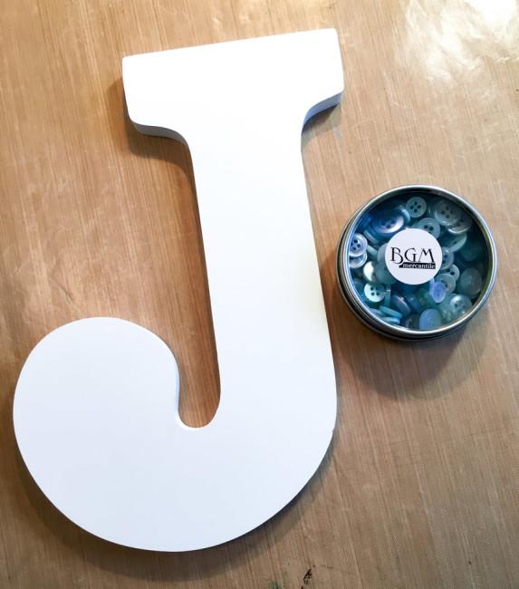 Button Monogram wall art supplies