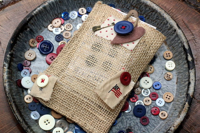 tote for faux vintage button cards