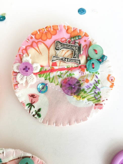sew crafty brooch