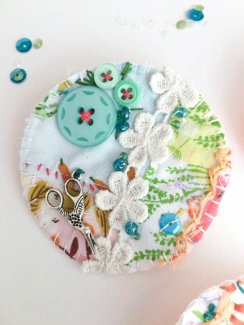 sew crafty brooch-2