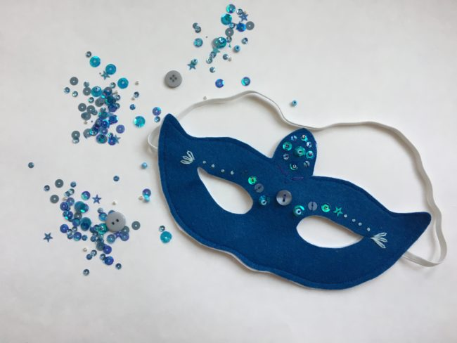 DIY New Years Eve Mask