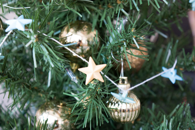 Mini Tree Star Button Garland